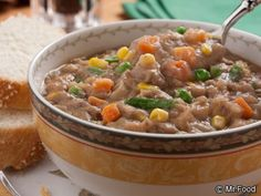 Shepherd's Pie Soup | mrfood.com/ frozen veggies, instant potatoes, ground beef, cubed potatoes, broth, and spices, fast and easy