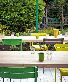 Jardín en verde y amarillo