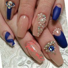 3d nail art Gold glitter Rhinestone nail by GlamourFavor on Etsy