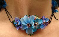 Blue flower necklace Herinabysoos.blogspot