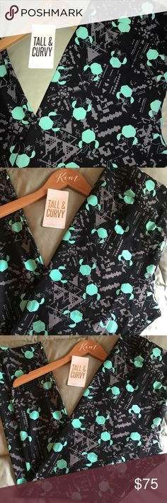 SALE! Lularoe TC Minnie & Arrows Leggings If you've been living under a rock and haven't seen the Lularoe Disney collection that just launched, you're in for a TREAT! This print was from the very first launch quickly became one of the biggest Unicorns in the bunch! And for good reason! Black background and gray Aztec/arrow details make these SUPER wearable for the average Disney and/or Lula addict. The Minnie Mouse heads are the most GORGEOUS share of sky blue/turquoise. I'M OBSESSED! Check…