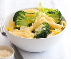 Těstoviny s brokolicí | Recepty Albert Penne, Broccoli, Vegetables, Food, Essen, Vegetable Recipes, Meals, Yemek, Pens