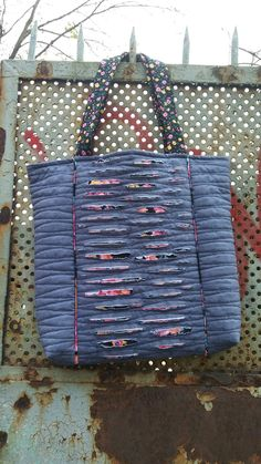 Torba Handmade Handbags, Handmade Bags, Chenille Crafts, Recycle Jeans, Denim Bag, Cloth Bags, Crochet Clothes, Canvas Tote Bags, Bag Making