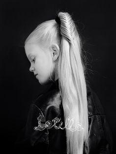 Jenni's hairdays lettikirja, joululahja, lahjaidea Fishtail ponytail from my braid book