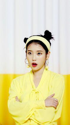 iphonewallpaper for girls # Girl God, My Girl, Asian Woman, Asian Girl, Iu Twitter, Snsd, Solo Photo, Korean People, Korean Star