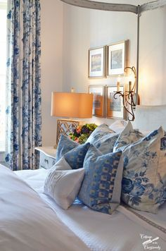 Bedroom In The Charleston Designer Showhouse Cottage At Crossroads Renee Williams Blue And White Bedrooms