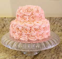 buttercream wedding cake.  Que Ricos queques artesanales.