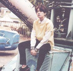 Baekhyun - 150607 'Love Me Right' album contents photo - [SCAN][HQ] Credit: Von EXO.