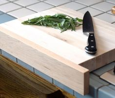 Cutting Board with Front Ledge