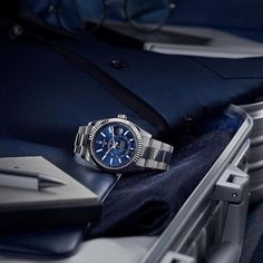The rituals of international travel would not be complete without the blue dial Rolex Sky-Dweller in 904L steel and 18ct white gold. #Rolex #SkyDweller #101031 #KelleyJewelers #DowntownWeatherfordOK