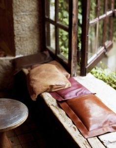 what wilson wants...: ( autumnal leather cushions )