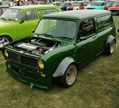 Time to Chain.G - ⊗ vintage ⊗ Mini Cooper Classic, Classic Mini, Classic Cars, Honda V, Mini Clubman, Mini Coopers, Rover Mini Cooper, V Tech, Morris Minor