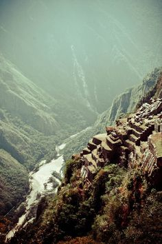 Terraces on the edge of the precipice at Machu Picchu