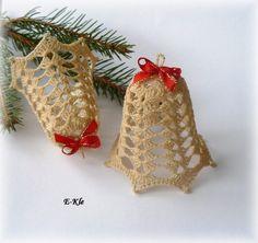 Háčkované zvonky - bílá káva vločky hvězdy vánoce dekorace bí