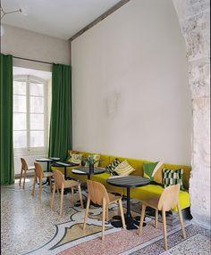 Arles – Camargue – Provence / Hôtel Le Cloitre