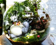 Niña en jardín de hadas de Totoro accesorios miniatura Tororo seta y mariquita Mini jardín decoración terrario accesorios 4pcs