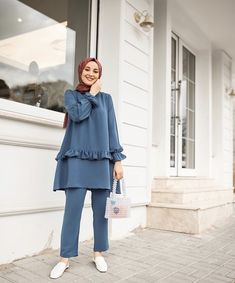 Modest Fashion Hijab, Modern Hijab Fashion, Hijab Fashion Inspiration, Muslim Fashion, Fashion Outfits, Hijab Mode, Mode Abaya, Moda Hijab, Hijab Elegante