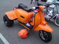 Scooters Vespa, Vespa Ape, Lambretta Scooter, Motor Scooters, Scooter Motorcycle, Moto Bike, Custom Trikes, Custom Motorcycles, Ducati