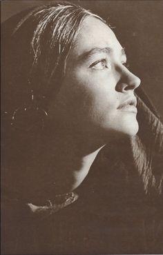Olivia Hussey Beautiful Eyes, Beautiful People, Film Romeo And Juliet, Zeffirelli Romeo And Juliet, Leonard Whiting, He Is Lord, Italian Romance, Olivia Hussey, Romance Film