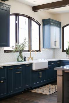 Ranch Kitchen, New Kitchen, Kitchen Ideas, Kitchen Sinks, Green Kitchen, Kitchen Reno, Kitchen Cabinets, Spanish Style Homes, Spanish House