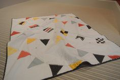 Sailing Flag Quilt | Pipsqueak's nautical flag quilt....I want to attempt this for the baby