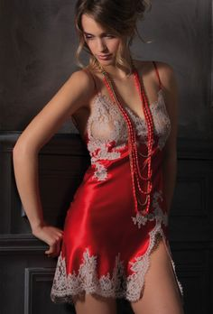 We wear La Perla lingerie in Women's Sexy Lingerie Addicted Club