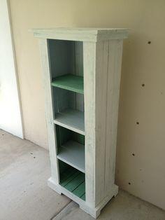 Pallets Bookshelf and Table #Bookshelf, #Pallets, #Table