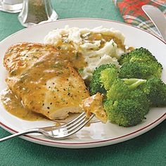 Chicken Piccata - Capers aren't necessary on this 30 minute chicken piccata, but if you like them, garnish with a few just before serving.  Cost per serving: 91¢