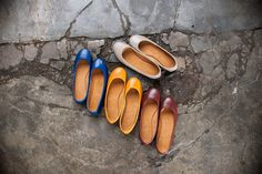 Basic Ballet flats in our chosen Holiday colors :) #suelas #shoes #travel #foldableshoes #philippines #fashion