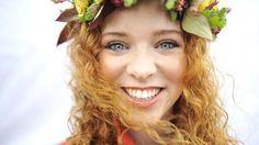 Laura May Keohane is the outgoing queen of the redheads at the Irish Redhead Convention. Ginger Day, Irish Redhead, World News Today, Laura May, Carrot Top, Natural Redhead, Why Do People, Ginger Snaps, How To Be Outgoing