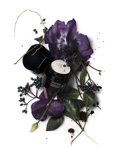 selection by / prod / Website Images, Deco Floral, Wattpad, Photography Branding, Fashion Images, Still Life, Gift Wrapping, Shiseido, Creative