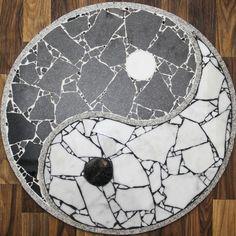 Ying und Yang Zeichen aus Marmor und Granit