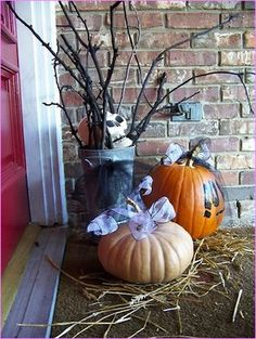 check out 23 halloween diy outdoor decoration ideasare you looking for some inspirations to turn your yard into an exquisitely enchanting and spooky - Diy Halloween Outdoor Decorations