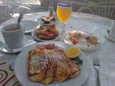 La Nueva Posada -- Desayuno/Almuerzo en Ajijic