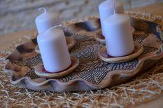 Adventní svícen s krajkou III. / Zboží prodejce keramikaBjanka | Fler.cz Candle Sconces, Pillar Candles, Baby Photos, Candle Holders, Wall Lights, Pottery, Decor, Xmas, Objects