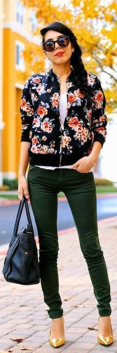 Fall florals. Bomber jacket & skinny jeans.
