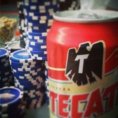 Una cheve para el poker