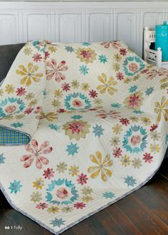 Quiltmania Magazine issue 100 (march april 2014) - Folly http://www.quiltmania.com