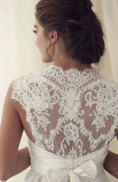 Lace Wedding Dress #lace #weddingdress #dress #bride #wedding
