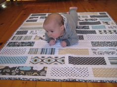 Striped quilt design idea. Really like this! Blue, red, green, yellow, gray colors and dots