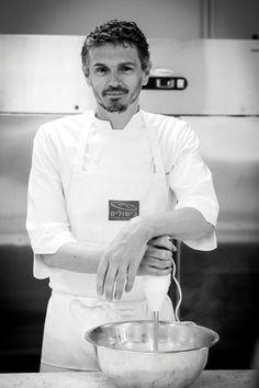 ההתאהבות במתוקים לקחה זמן. כריסטוף אדאם Christophe Adam, Pastry Chef, Cooking Classes, Healthy Cooking, Chef Jackets