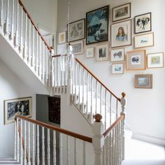 By reconfiguring their Edwardian terraced house, the owners have created a harmonious layout filled with colour, character and natural light Open Plan Kitchen Diner, Open Plan Kitchen Living Room, London Townhouse, London House, 25 Beautiful Homes, Beautiful Interiors, Style At Home, Charlton House, Corridor Design