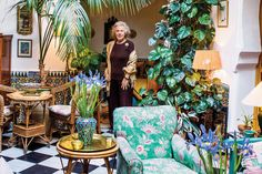 Strongblanca Hamri Strong The Legendary Muse In Her Salon. The Philodendron Is Nearly 60 Years Old And Came With The House. She Picked Up The Moroccan Lantern At A Market In Marrakesh. Moroccan Lanterns, Moroccan Decor, Moroccan Style, Style Empire, Old Room, Marrakesh, Tangier Morocco, Bohemian Interior, Garden Styles