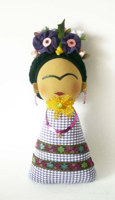 Frida Kokeshi violeta