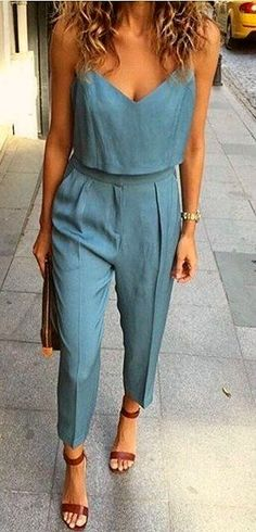 Blue jumpsuit - Miladies.net