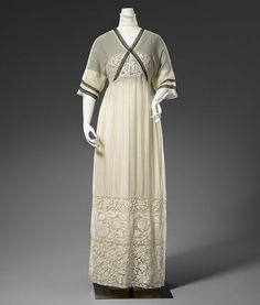 Circa 1912 cotton (muslin, machine lace, tulle, embroidery thread) and silk dress by Gustav Beer, Paris.