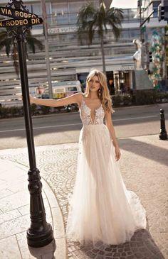 de3e578c92b 25 Beautiful Muse Wedding Dresses By Berta. Романтические Цвета На  СвадьбуРомантические СвадьбыСвадебная ...