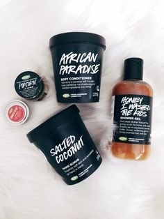 beauty and health Lush Cosmetics, Handmade Cosmetics, Beauty Care, Beauty Skin, Health And Beauty, Lush Aesthetic, Lush Products, Body Products, Beauty Products