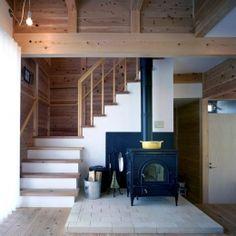 『八幡山の家』〜暮らしを楽しむ家〜の部屋 リビング内の薪ストーブ