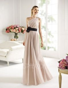 The Pronovias 2013 Cocktail Long Dress Collection provides gorgeous gowns in a variety of colors and styles that you will love. Prom Dress 2013, Strapless Dress Formal, Chiffon Dress, Bridal Dresses, Bridesmaid Dresses, Prom Dresses, Dresses 2013, Bridesmaids, Dress Wedding